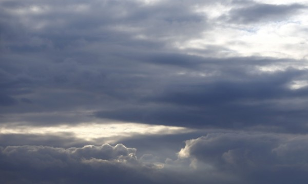 Дъждът спира, температурите утре ще са 8 - 13 градуса