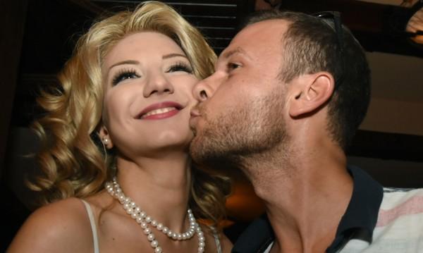 Ненчо Балабанов и Йоанна са заедно, но има време за брак