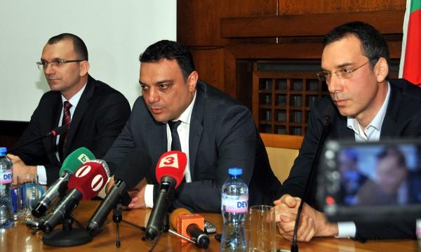 Българските превозвачи вдигат контраблокадата, обяви Московски