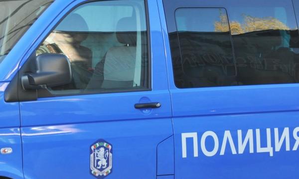 Закопчаха нападатели на жени по домовете им в Плевенско