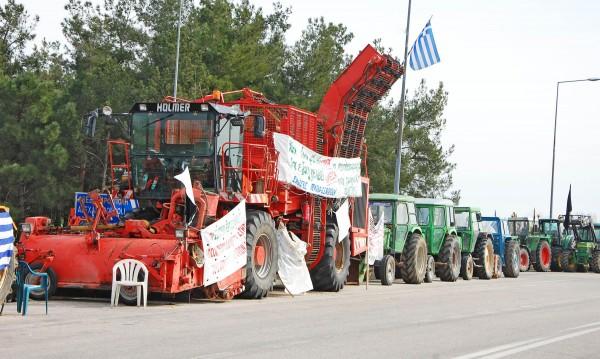 Екшън: Българи изпочупиха гръцки трактори