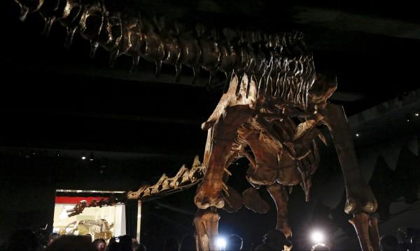 Динозавър оживя чрез виртуалната реалност