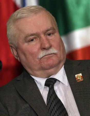 Валенса призна, че е общувал с тайните служби на Полша