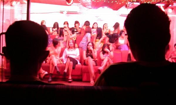 """Индонезия vs. проституцията, бута """"червените фенери"""""""