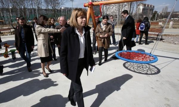 Фандъкова радва софиянци с първия парк след промените