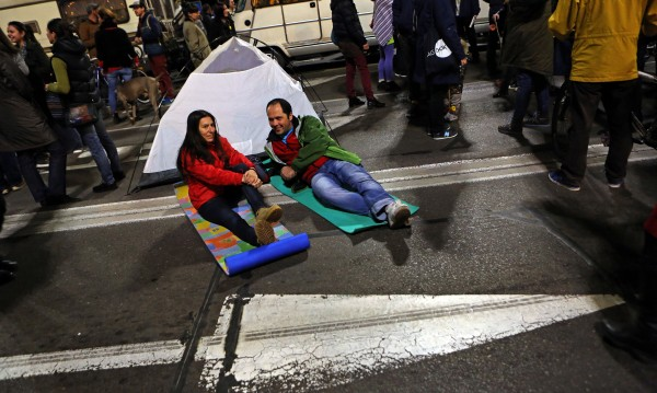 Екоактивисти пак протестират в центъра на София