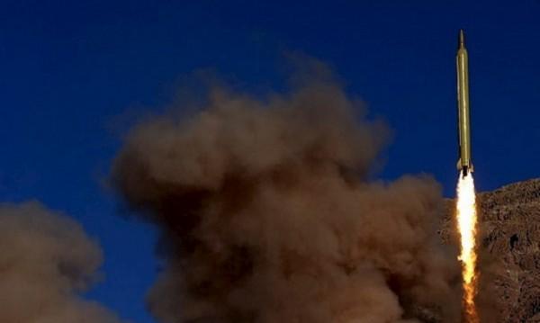 Иран тества балистични ракети със скандален надпис