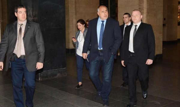 Борисов днес: Помага на Станишев, подкрепя Москов, обича Радан