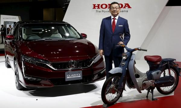 Водородната Honda става и за мини електроцентрала