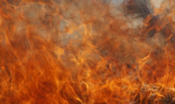 Запали се училище в Карнобат