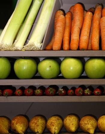 Как да мием плодовете и зеленчуците?