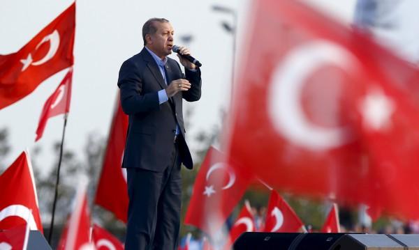 ЕрдоКОЙ, ЕрдоКАК... Защо Ердоган е бесен на Германия?