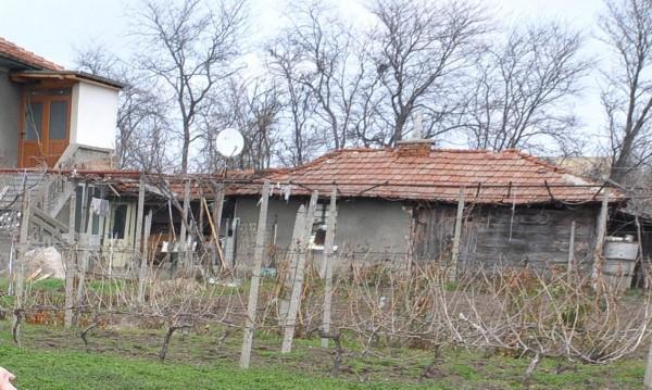 Разложкото село Баня на бунт срещу лихвар