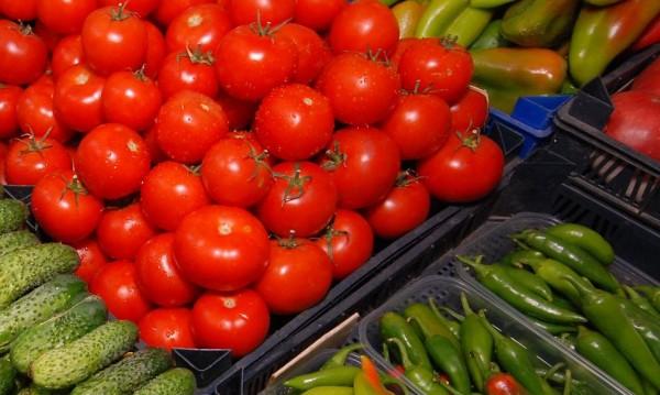 Внасяме залежали зеленчуци от борсата в Солун