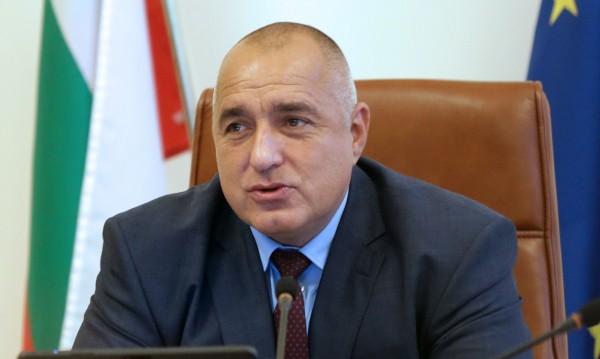 Не съм призовавал някой да бие, връзва, отсече Борисов
