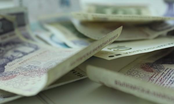 Ало измамник към баба: Дай пари да хванем апаша!