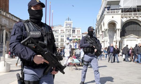 Четирима арестувани в Италия заради планирани атентати в Рим