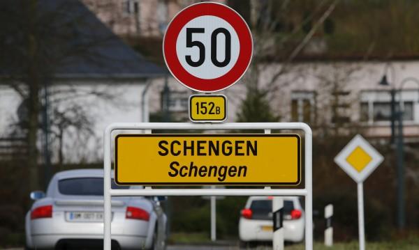 ЕК май ще предложи да се удължи граничният контрол