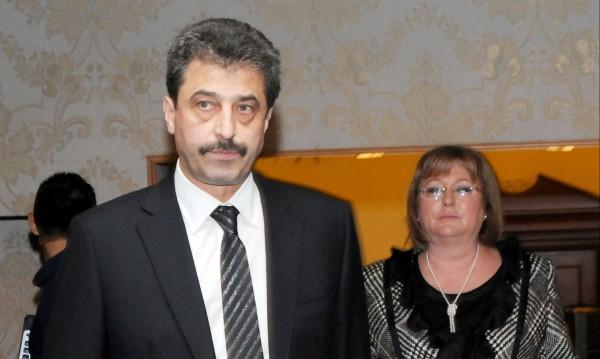 Цветан Василев дал 10 млн. за ...ремонт и мебели
