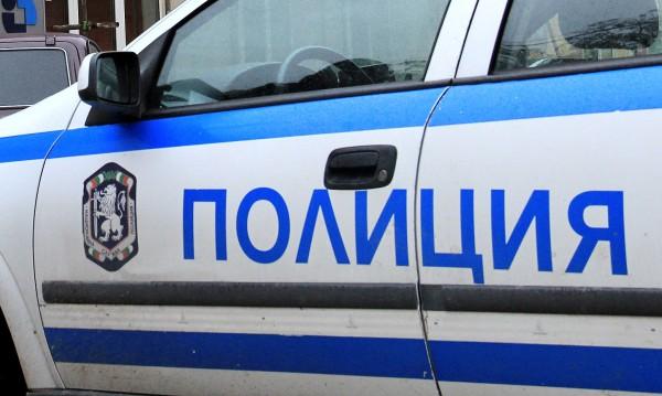 Лек и товарен автомобил са запалени във Видин