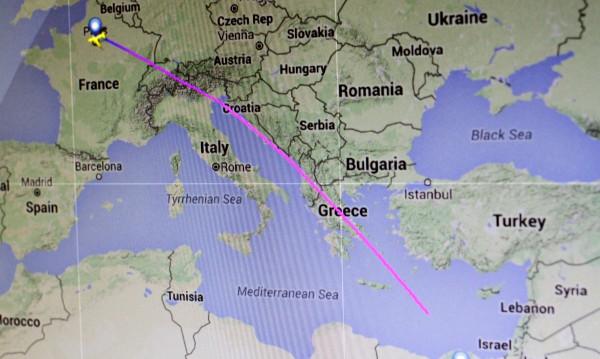 Търсенето на полет MS804: Паднал е в Средиземно море
