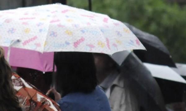 Ще е по-топло, не забравяйте чадърите си