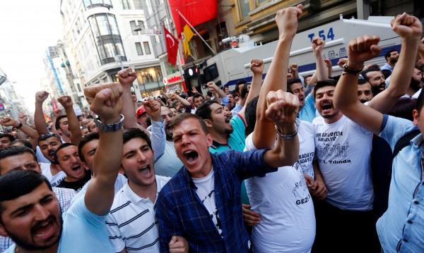 Арести навръх третата годишнина от протестите в парка Гези