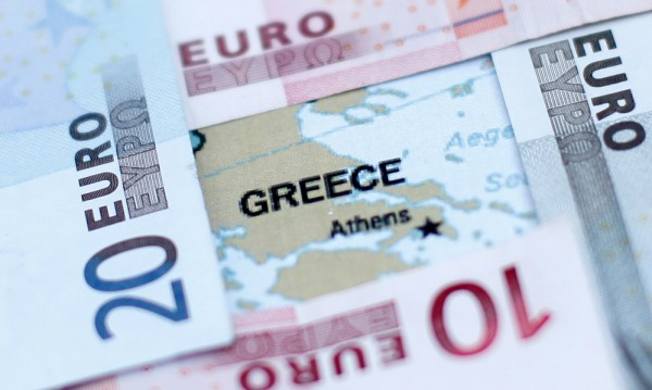 В Гърция данъчните погват и дребните длъжници