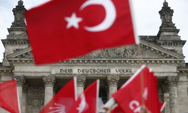 Буря избухна с пълна сила между Анкара и Берлин