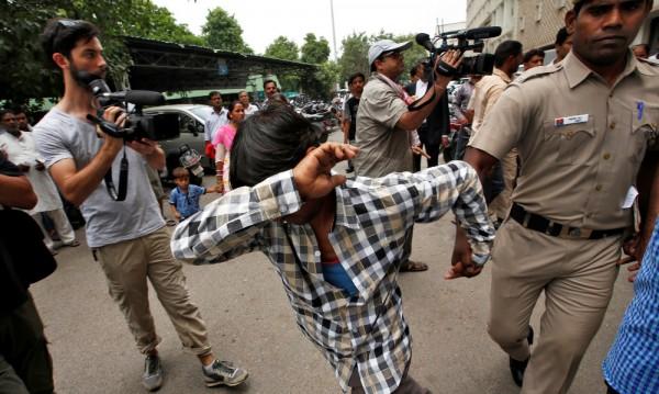Осъдиха петима в Индия на доживотен затвор за изнасилване на датчанка