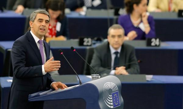 Плевнелиев излагал на риск сигурността ни и мира в Европа