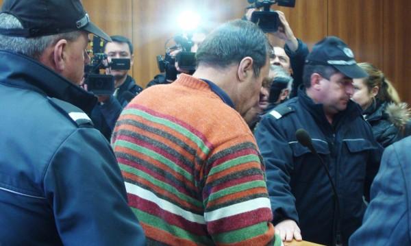 Обвинителният акт: Ето историята на Евстатиев с Ирина