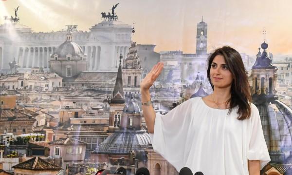 Вирджиния Раджи стана първата жена кмет на Рим