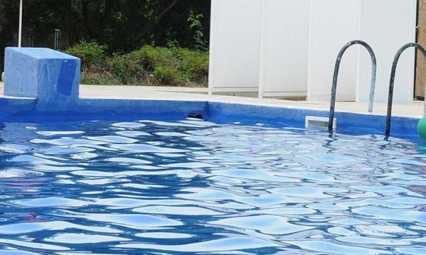 Гъбички и алергии ни дебнат от басейните