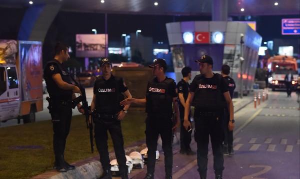 "Соколите на Кюрдистан"", ИД, ПКК: Заподозрени много"