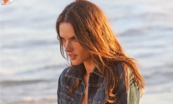 Как да сложите край на стърчащата коса на плажа
