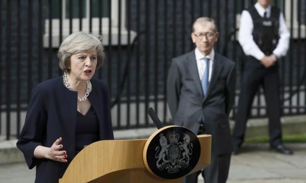 Великобритания с нова роля, смела и позитивна, извън ЕС
