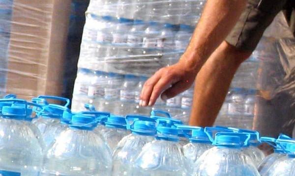 Опасна ли е водата от пластмасови бутилки?