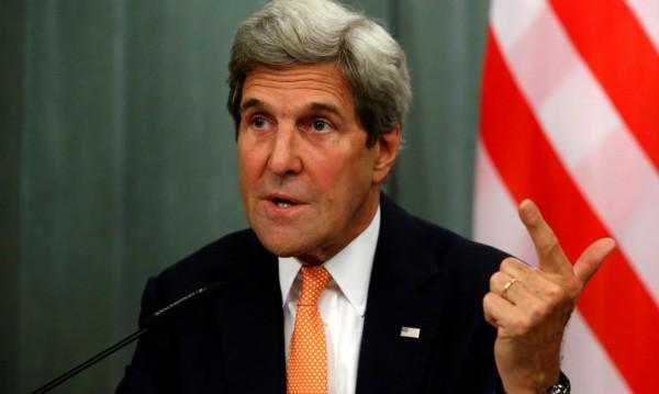 Кери размаха пръст: Обвиненията към САЩ са вредни