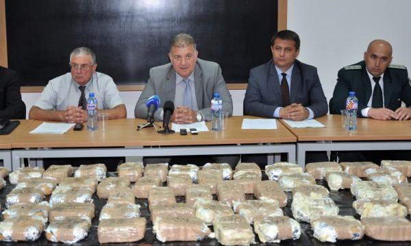 Спипаха 33 кг хероин в пратка от Турция в Хасково