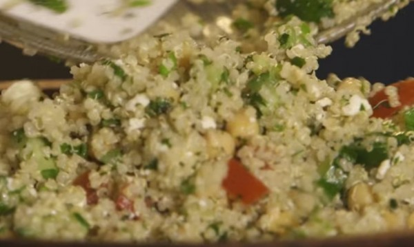 Рецептата Dnes: Салата с киноа и зеленчуци