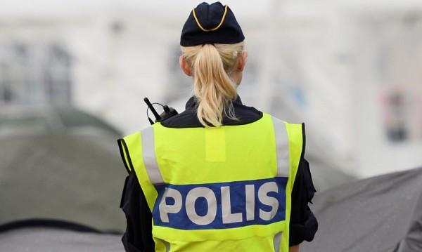 Поредна стрелба, мъж откри огън в търговски център в Швеция