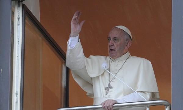 Папата отсече: Меси е №1 в историята!