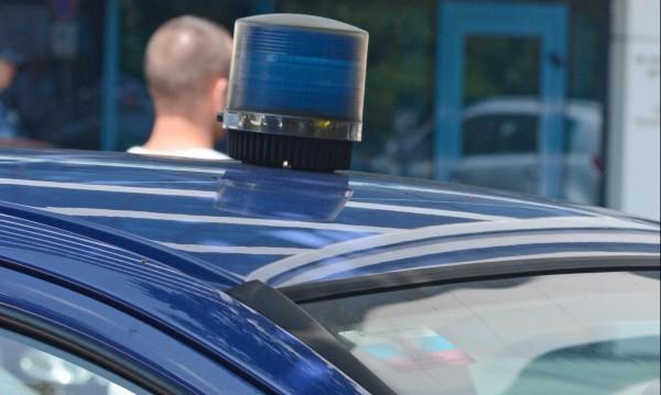 Кола след кола, крадат возилата на топ полицаи