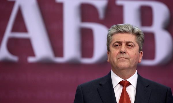 Първанов видя: Борисов се уплаши от ген. Радев!