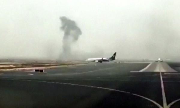 "300-те души от самолета на ""Емирейтс"" евакуирани за минути"