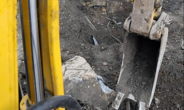 ЧЕЗ зове строители да информират за изкопни работи