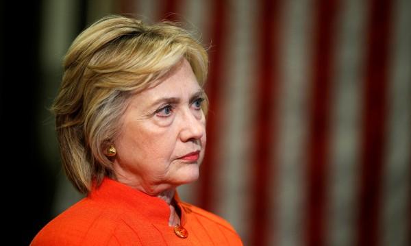 Американци заведоха дело срещу Хилари Клинтън