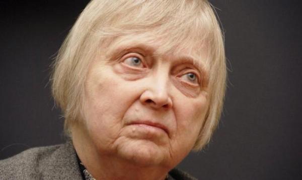 Почина дъщеря на съветския лидер Никита Хрушчов