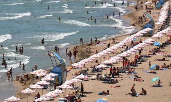 Слънчево, време за плаж, морето - тепсия